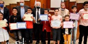 """تعليم الاسكندرية ....تكريم الفائزين  بمسابقة """"خليك أون لاين"""" فى 8 مجالات فنية"""