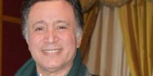 نقل الفنان إيمان البحر درويش إلى العناية المركزة ولم يتم إعتقاله حسب تصريحات أبنته