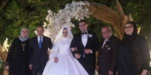 مبروك للعروسين