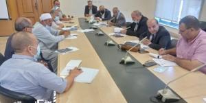 ممثلي وزارة التموين تلتقي شعبة الخضر والفاكهة بالغرفة التجارية