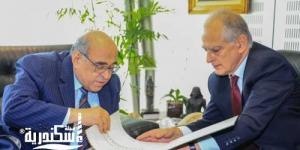 سفير اليونان يزور مكتبة الإسكندرية ويسترجع ذكريات الخمسينيات