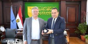 رئيس جامعة الإسكندرية يستقبل منسق مكتب العلاقات الدولية بجامعة بوردو الفرنسية