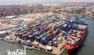 ميناء الإسكندرية... يستقبل 69 سفينة سلع وبضائع استراتيجية