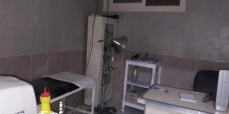 ضبط طبيب بيطري يعالج المواطنين داخل عيادة في الإسكندرية