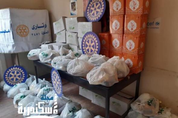 """""""إسكندرية مارين """" و """" الريادة للتنمية """" يوزعان 300 شنطة غذائية على الأسر المتضررة من تداعيات كورونا  بأبيسات الإسكندرية"""