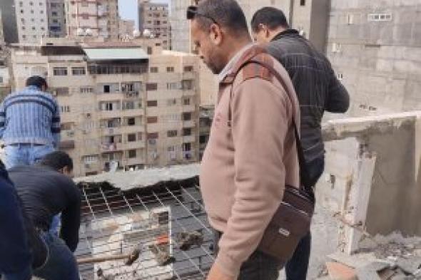 حي وسط...إزالة عقار مخالف بمنطقة الإبراهيمية