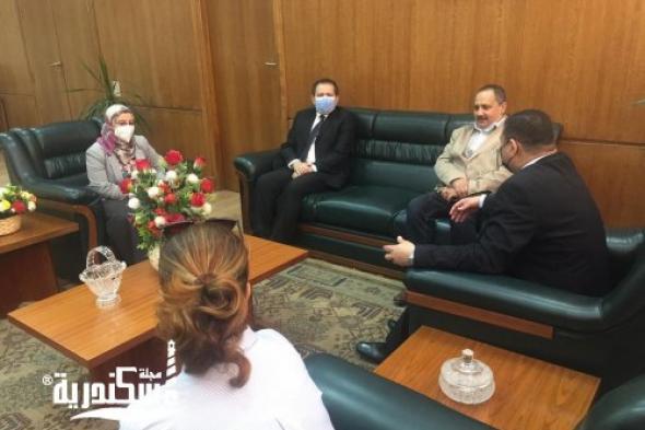 عميد كلية السياسة و الإقتصاد بالإسكندرية يستقبل وفد من مركز الجودة