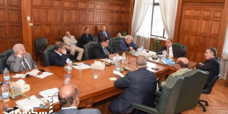 """المحافظة والغرفة التجارية تستعدان للمبادرة التاريخية """" العودة إلى الجذور"""" لدعم السياحة بالإسكندرية"""