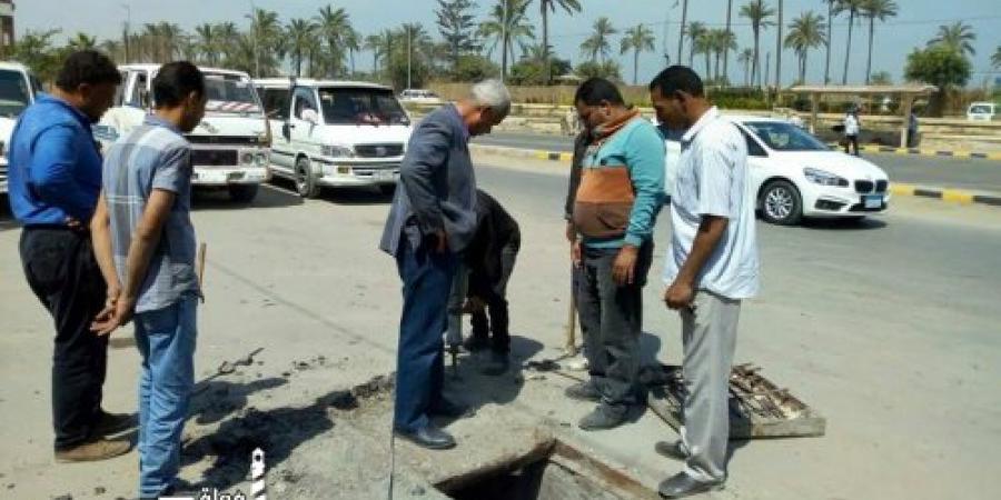 أعمال صيانة بمحيط ميدان الشرطة العسكرية فى منتزه ثان الإسكندرية