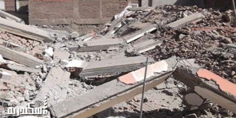 سقوط جزء من عقار قديم بشارع الكواكب منطقة غربال الإسكندرية وحدوث إصابات