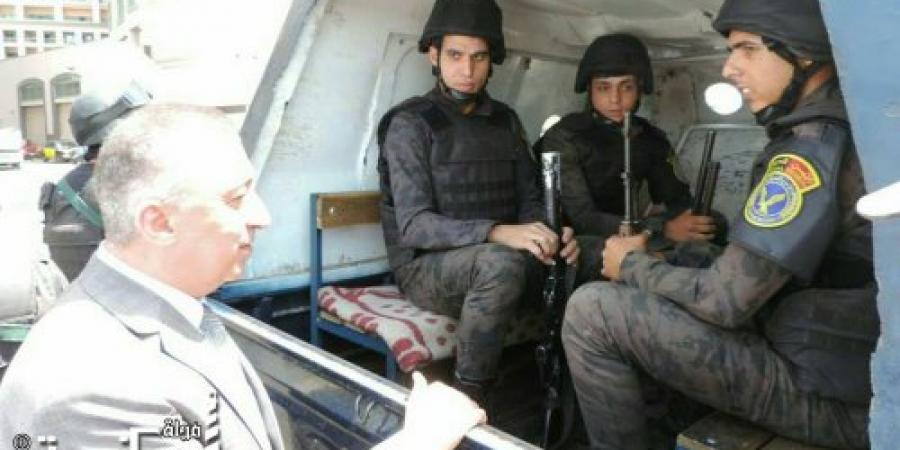 اللواء محمد الشريف يتفقد الإرتكازات الأمنية فى جميع دوائر أقسام الإسكندرية