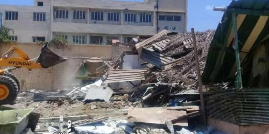 حملة لإزالة التعديات بشارع الحلقات فى حى منتزه ثانى الإسكندرية