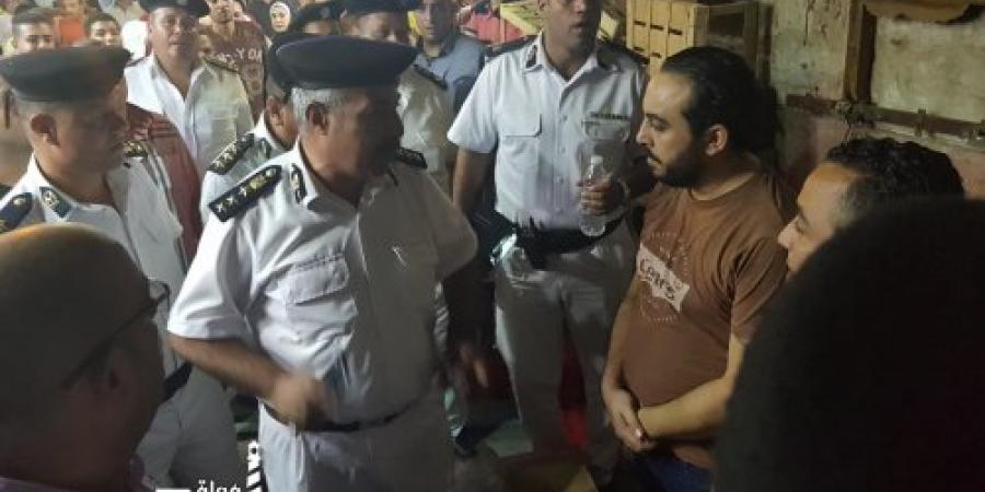 قائد شرطة المرافق يقود حملة مسائية ضخمة على معقل الاشغالات والتعديات شارع لاجتيه