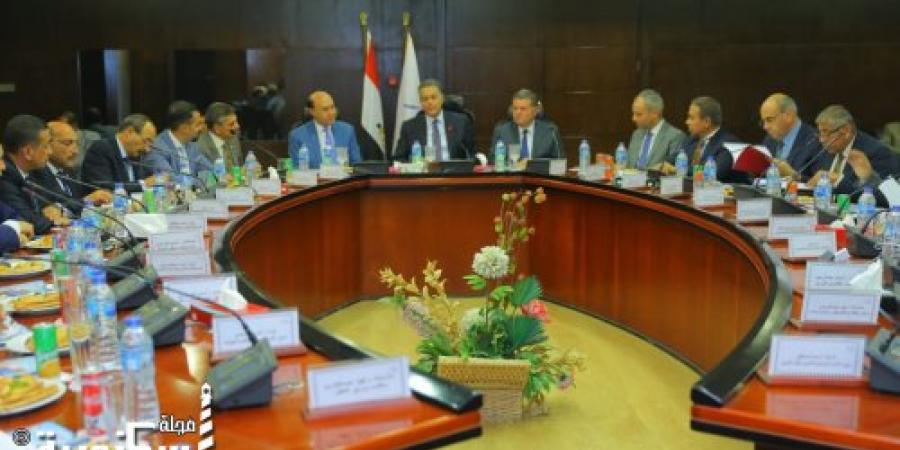 انعقاد  الجمعية العمومية التأسيسية الأولى  لشركة المجموعة المصرية للمحطات متعددة الأغراض  د/ هشام عرفات : إنشاء الشركة يعد نقطة إنطلاق للإقتصاد المصري .