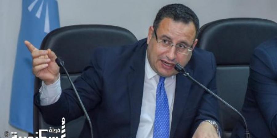 محافظ الإسكندرية يعقد اللقاء الجماهيري الثالث للمواطنين ويستمع إلى شكواهم
