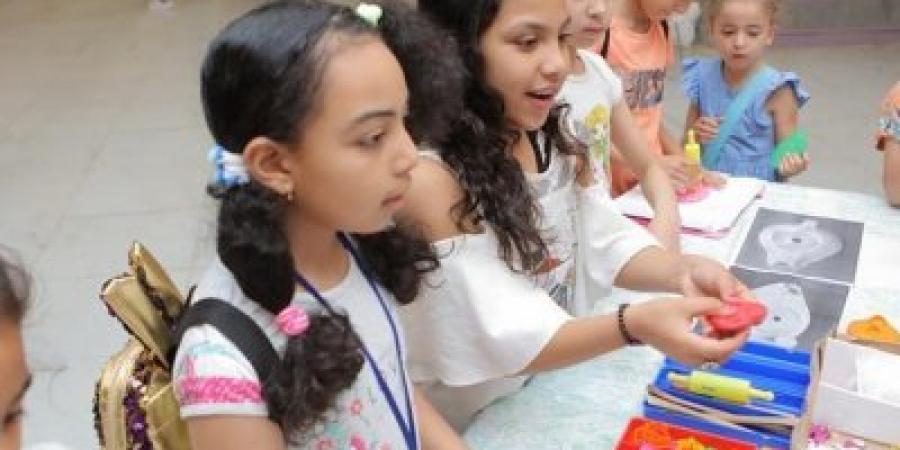 ورشة عمل فنية للاطفال تتضمن انشطة للحقب التاريخية بمكتبة الاسكندرية