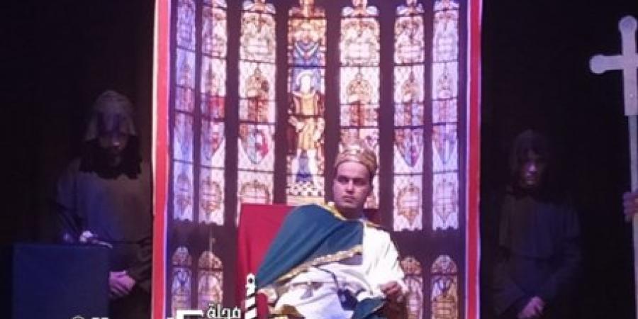 """اليوم """" بيكيت """" عرض مسرحي لفرقة القباري على خشبة مسرح الأنفوشي بالإسكندرية"""
