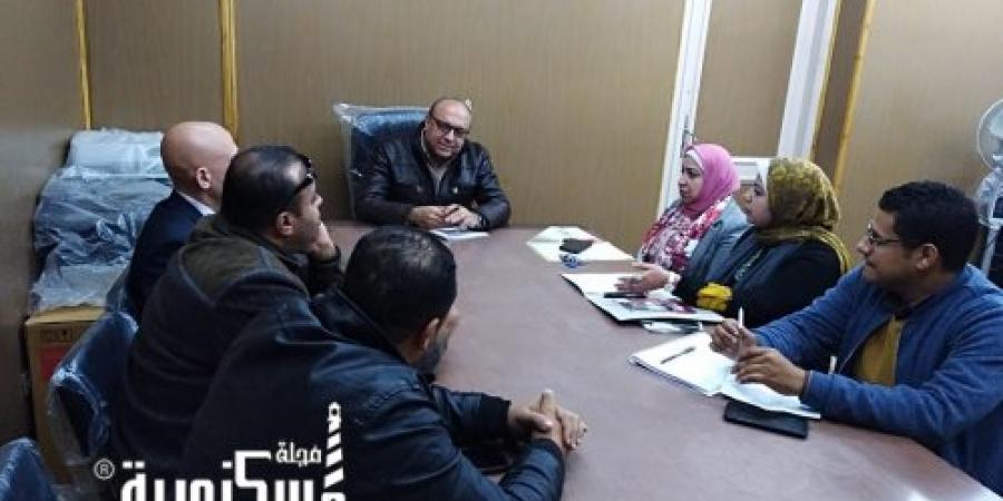 """""""سعدالله"""" يلتقي خريجي البرنامج الرئاسي للتدريب بتموين الاسكندرية"""