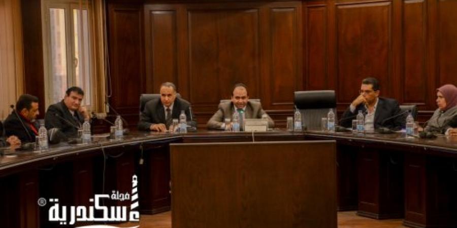 محافظ الإسكندرية يكلف نائبه لمناقشة آخر مستجدات مراحل تنفيذ عملية التحول الرقمي و ميكنة كافة القطاعات الحكومية
