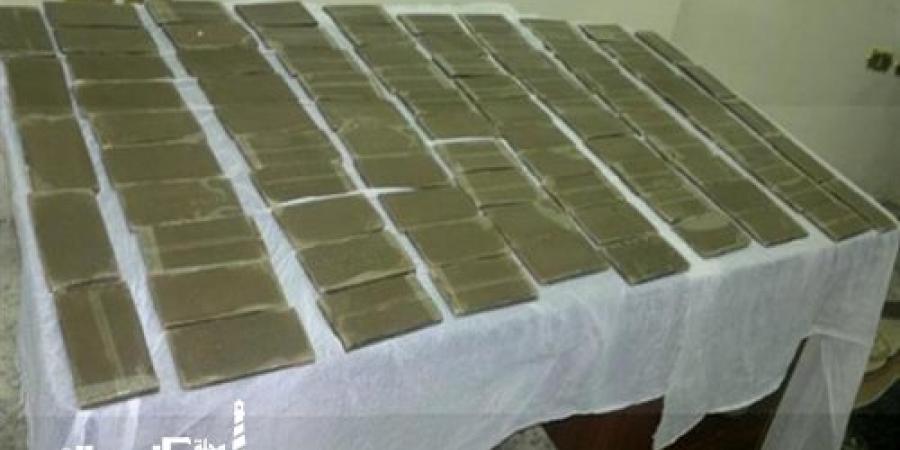 مكافحة المخدرات...ضبط سيدة بـ 150 طربة حشيش بدائرة قسم شرطة أول العامرية