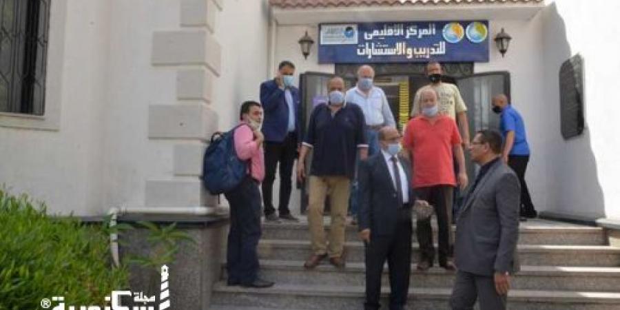 """""""رئيس مياه الإسكندرية"""" يتفقد مركز التدريب وخدمة عملاء الرمل"""