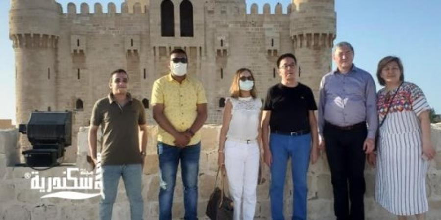 """جولة سفير دوله """"كازاخستان""""  بقلعة قايتباى بالإسكندرية"""