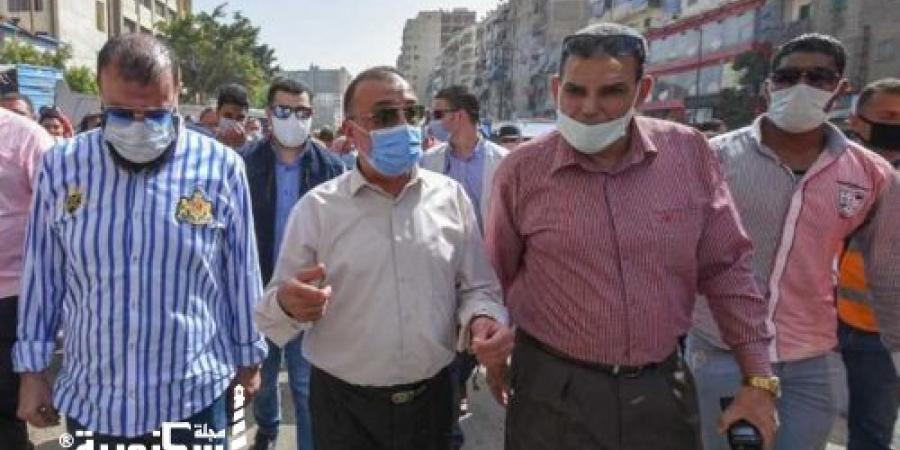 """محافظ الإسكندرية يتجول بـ""""سوق الهانوفيل"""" لن نسمح بعودة الباعة الجائلين"""