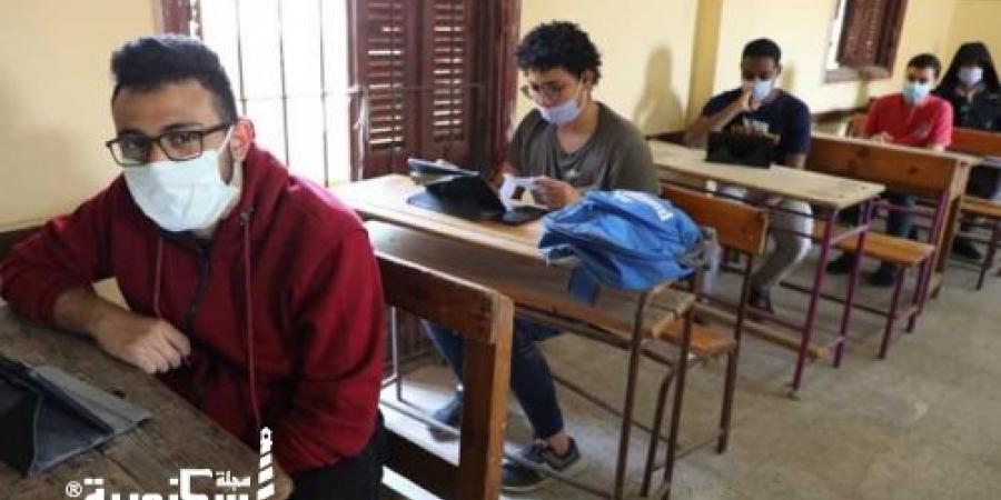 تعليم الإسكندرية... تطعيم المراقبين والملاحظين بلقاح كورونا استعدادا لامتحانات الثانوية العامة