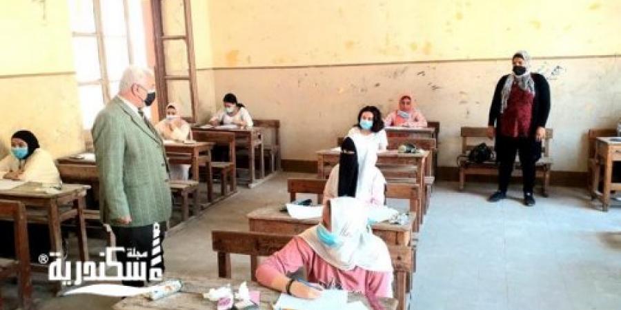 """تعليم الإسكندرية... لا شكاوى من امتحان """"الهندسة"""" لطلاب الشهادة الإعدادية"""