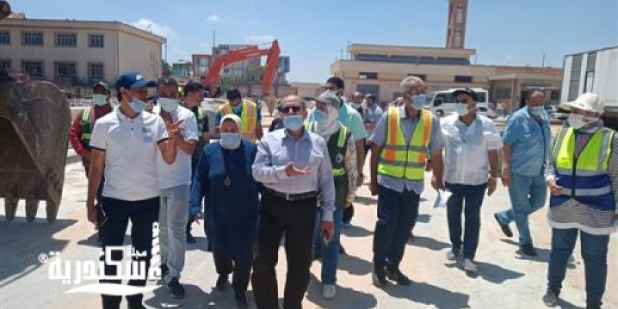 """جولة تفقدية """"لرئيس مياه الإسكندرية"""" لمتابعة سير الأعمال بمحطات المنشية 1 و2"""