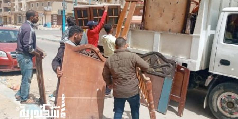 حي شرق...رفع 92 حالة إشغال طريق من شوارع الحي