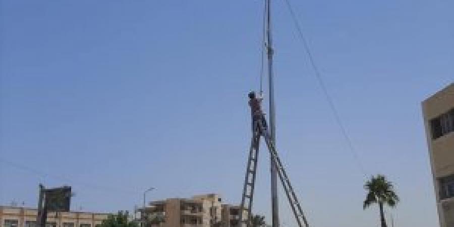 حي وسط...إطلاق التيار بـ200 كشاف ليد بمنطقة العلواية و طريق المطار