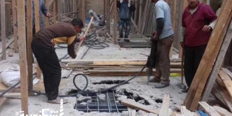 """حي وسط...إيقاف أعمال بناء مخالف بعقار بـ""""الحضرة"""""""
