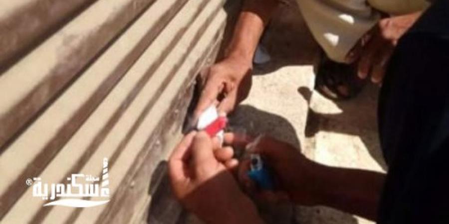 لعدم تطبيق الإجراءات الاحترازية  تشميع 8 محال وإنذار 5 فى حملة بوسط الإسكندرية